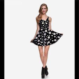 NWOT Beautiful overall daisies dress